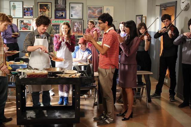 Daniel as Steve on The Middle tonight on ABC. (He's on the far left of this shot from the show.)